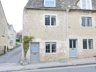 Bakers Cottage is at the end of a row of traditional Cotswold stone cottages