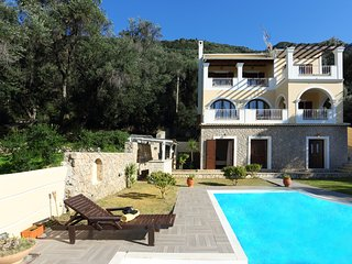 Villa Vasiliki -  4 bedrooms with private pool & Wi-Fi !!!