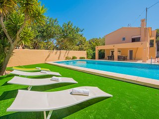 Villa Bernia -  With private pool located in a quiet area with 7 bedrooms.