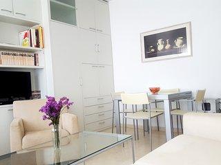 Apartamento acogedor, moderno y céntrico