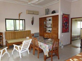Villa entiere 2 chambres, à bord de mer à Grand Popo au Benin