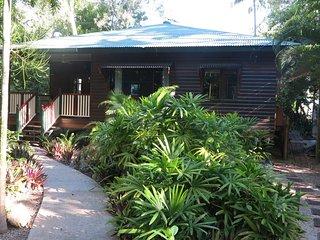 Calypso House  - Arcadia, QLD
