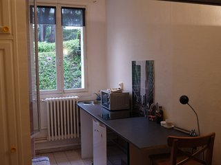 Little Studio close to Champs Elysees