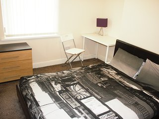 Birmingham Guest House 10, Room 4, West Bromwich