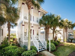 Bordeaux Pet Friendly in Gulfside Cottages! FREE Parasailing & Golf~