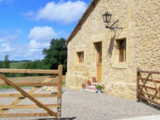 Pretty stone cottage situated in the beautiful rolling Gascony countryside
