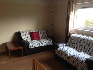 2 bedroom self catering flat holiday let furnished, Lossiemouth