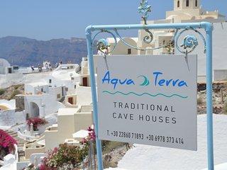 Aqua & Terra traditional private cave house