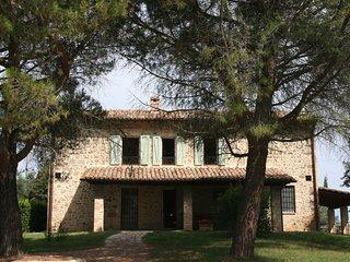 Wonderful private villa 12 people, swimming pool