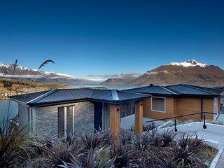 Bel Lago luxury villa in Queenstown New Zealand