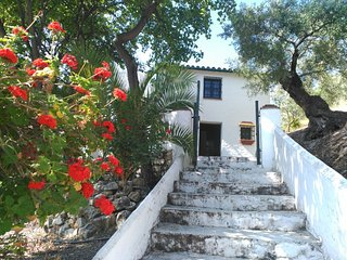 "Holiday cottage ""El Escondite"". Zahara de la Sierra (Cádiz) ANDALUSIA"