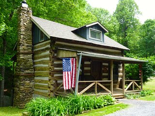 Civil War Cabin Built by Confederate Soldier in Blue Ridge Mountains