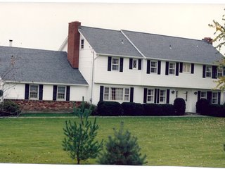 Country Estate newly renovated that sleeps 16!, Bethlehem