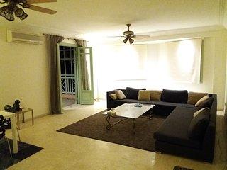 Appartement chic avec grande terrasse