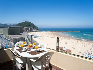Zurriola Beach Atic - Iberorent Apartments, Saint-Sébastien