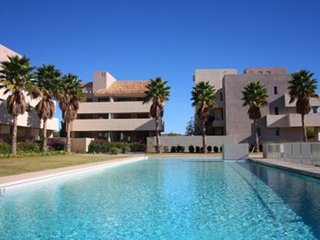 Apartment -pool, 7km from the beach, Almeria