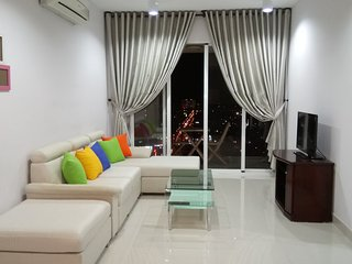 Two-bedroom apartment for rent. Front Beach & city center view