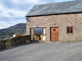 MAWRW Cottage in Crickhowell, Cwmdu