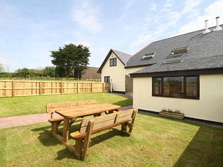 RALEI Cottage in Barnstaple, Shirwell