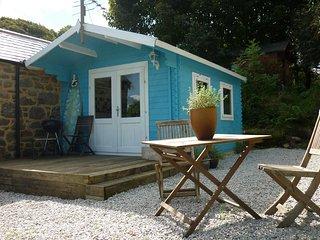 41272 Log Cabin in Penzance, Heamoor