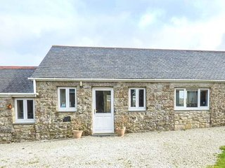 CHY GEVER, romantic barn conversion, private garden, St Just, Ref 950697