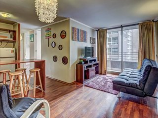 Cozy condo with stunning views features shared pool and great central location!