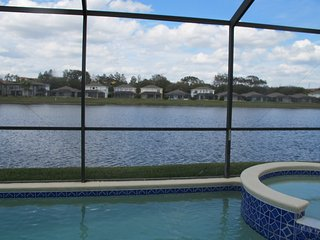 Fantastic 5BR/3.5B Lake View Pool Home near to Parks