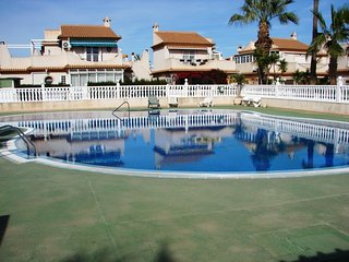 3 Bed Quad Villa / A/C / Dishwasher / Communal Pool - Playa Flamenca #131
