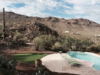 Discount  April 15-22 -Stunning Views-Pool   / spa, Tucson