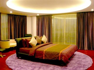 3 Bedrooms Royal Suite Type B Sukhumvit Road