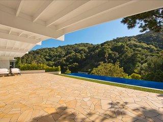 Beverly Hills Infinity Retreat