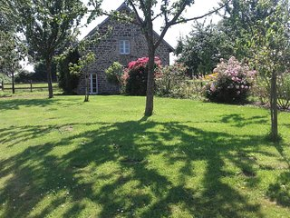 Quality property, rural location, perfect for couples, Villedieu-les-Poeles