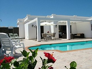 Adults only villa in playa Blanca   Private heated swimming pool & Private patio
