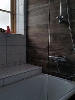 Bath tub at bathroom 1