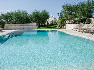 Trulli & Taralli: Authentic and Peaceful Trulli with Private Pool, Locorotondo
