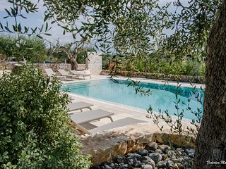Trulli Chianca Bianca: Luxury complex of Trulli with pool, Locorotondo