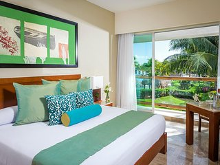COMFORTABLE LIVING at MAYAN PALACE 1BR Riviera Mayan Cancun Margan