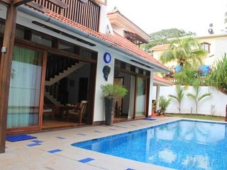 Villa with a Private Pool, Sinquerim