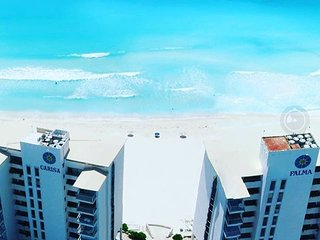 Direct Caribbean view, independently owned beach apartment Cancun