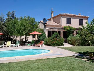 5 Bedroom House, pool, beautiful garden, close to beach with shops in village.