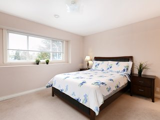 Comfortable Room Close to Richmond Hospital - Suite 201