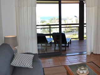 Marina Park resort apartment with sea view