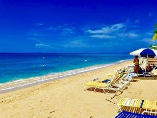 Beach Apartment, Walk to the Beach!, Rincon