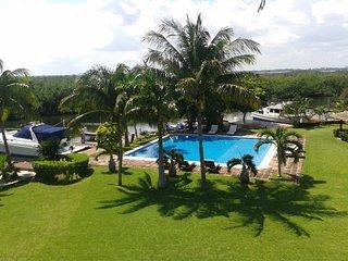 CANCUN PRIVATE VILLA 3BR by VACAY, Cancun