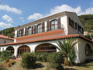 Large Beautiful Catalan style villa, village location with mountain views.