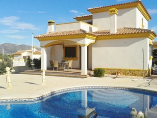 Villa with Private garden & pool, El Fondo de les Neus