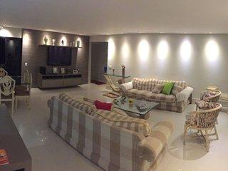 Apartamento de Luxo pe na areia