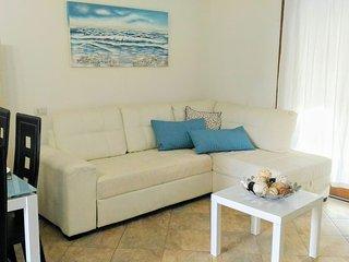 CASA RUBINA, Villetta a due passi dal mare con giardino privato