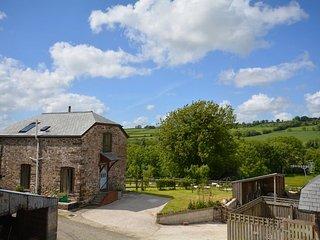 WINBR Cottage in Launceston, Milton Abbot