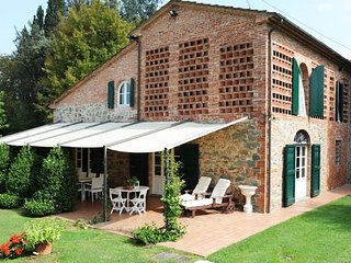 Charming villa for rental in tuscany few km from Montecatini Terme and Lucca, pr